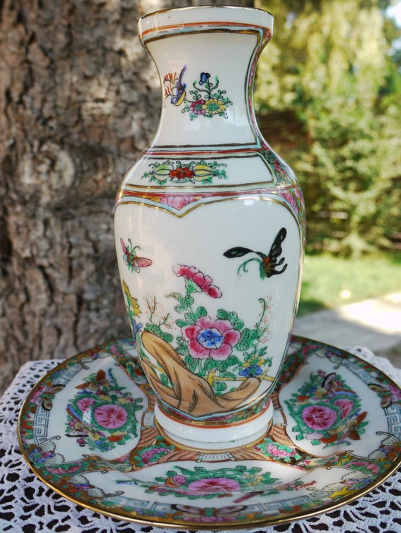 Vintage Famille Rose Hand Painted Chinese Porcelain Vase With Etsy
