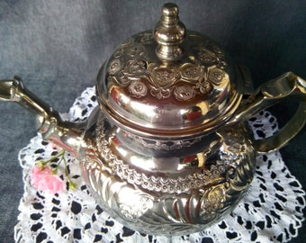 SALE!!! Vintage Maroccan Silver Plated Metal Teapot, Small Teapot, Vintage Tea Kettle, Vintage Tea Pot, Decorative Teapot, Individual Teapot