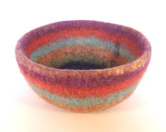 Felted bowl in rainbow colours