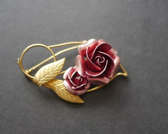 28f2f0d2058 Beautiful vintage gold tone metal pink rose brooch, flower brooch