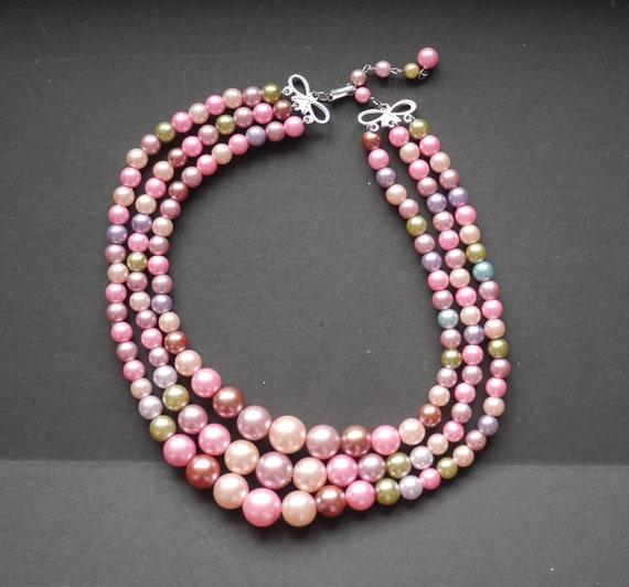 Three strand triple faux pearl vintage necklace pi