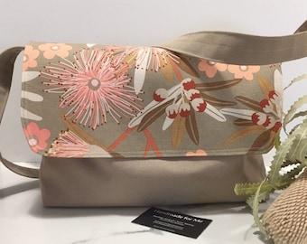 Australian Flowers Messenger Bag