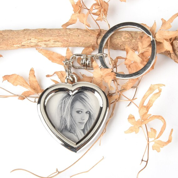 Frame Key Chain Heart-Custom Engraving Key ring with  30fddd39c0