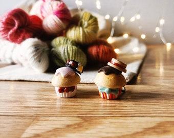 Jolly Holiday Cupcake Charms
