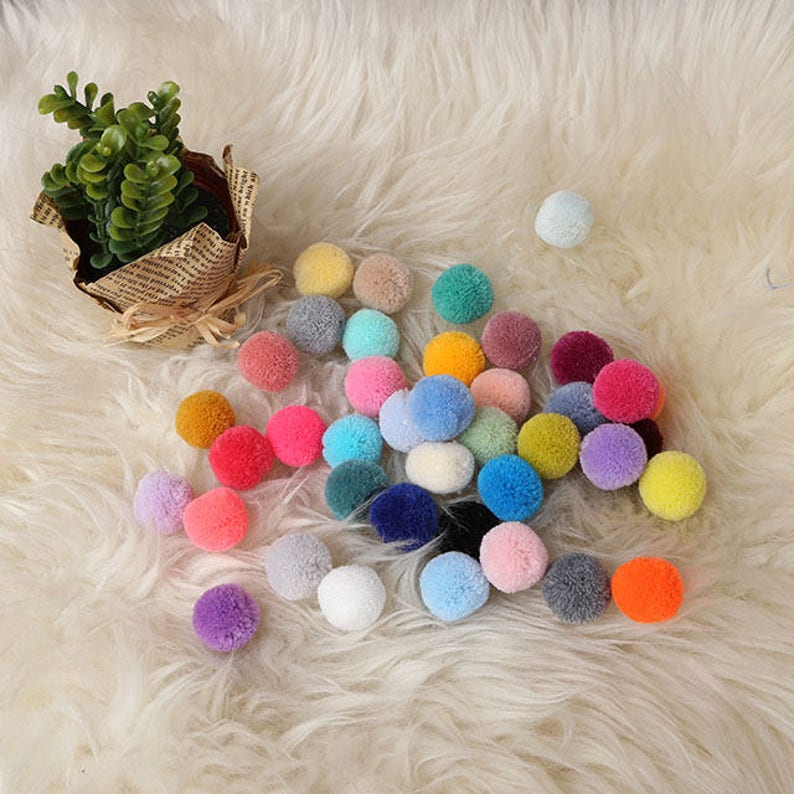 2cm Pompoms in your choice of colors-Yarn pom pom-Colorful image 0
