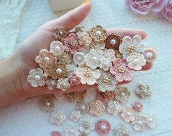 50 mini crochet flowers. Pearl flowers. Cream flowers. Flowers for sewing. Flowers for hand made. Flowers embellishment.