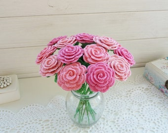 Crochet roses in a vase. Pink roses. Shabby chic decor. Cottage flowers. Romantic roses. Flower home decor. Rose arrangement.