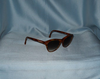 a96fd11abc08 Authentic vintage Giorgio Armani sunglasses