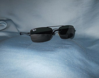 be06eec1f1d Genuine vintage Ray Ban sunglasses !