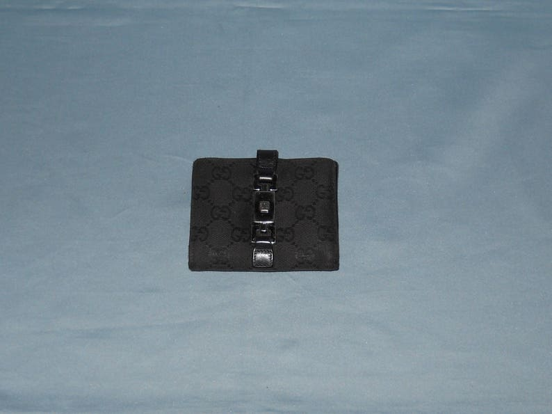 eb6f8cd54a1 Authentic vintage Gucci wallet Fabric and genuine leather