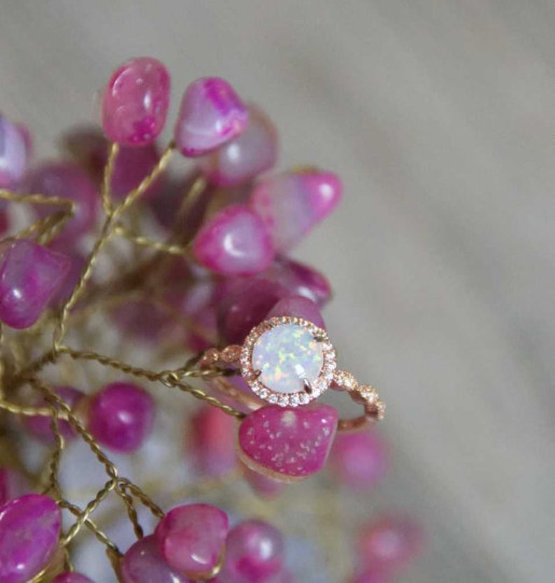 Women/'s Rose Gold Opal Ring White Rings For Women Bridesmaid Oval Rose Gold Ring Engagement Wedding Ring Gift For Her Mothers Day Gifts
