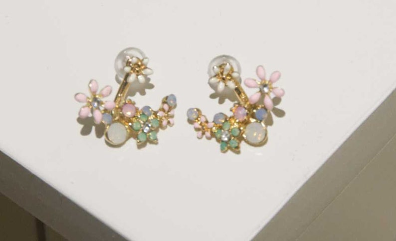 Women/'s Yellow Gold Flower Earrings Gift For Her Bridesmaid Jewelry Gemstone Butterfly Pink Engagement Wedding Minimalist Floral Opal