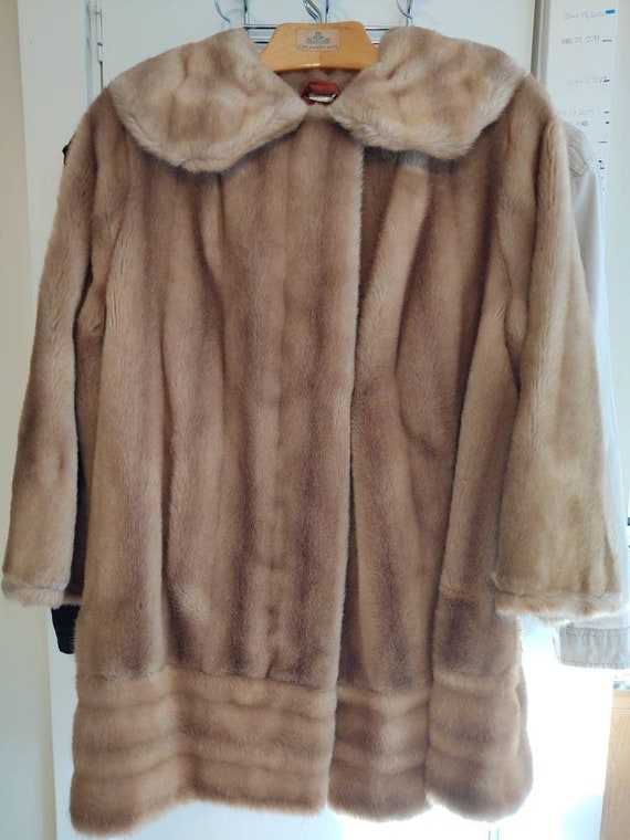 Vintage Faux Fur ~ Vintage Coat ~ Faux Fur ~ Swing