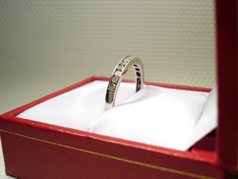 natural DIAMONDS 0.33 ct NEW 15 diamonds 0.33 carats high-quality Solid 9kt White GOLD women ring with certificate