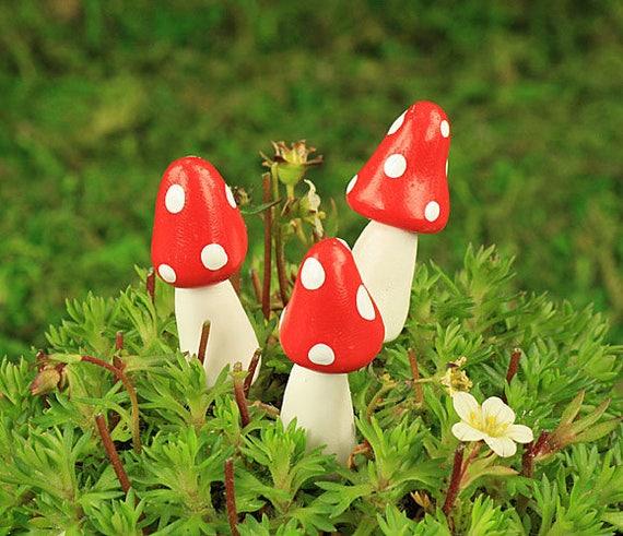 Set Of 3 Woodland Mushrooms Fairy Garden Mushrooms Fairy Etsy