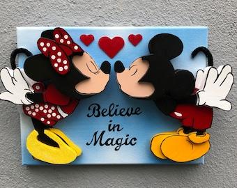 Mickey & Minnie Smooch 12 x 9