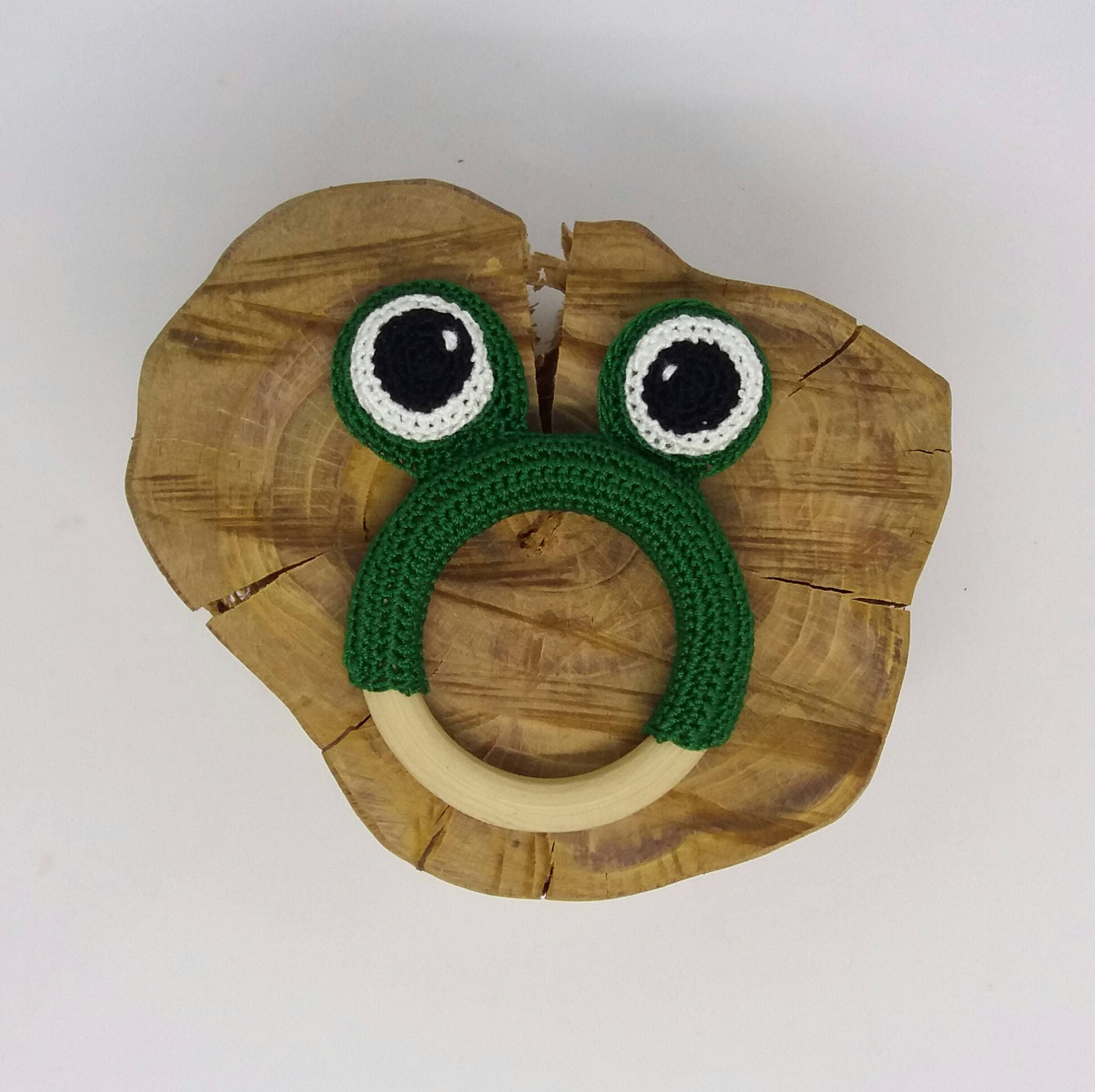 Frog teether toy/frog teething toy/frog baby toy/crochet frog/wooden ...