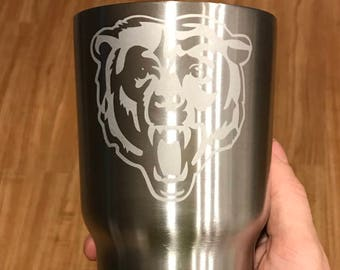 30oz Chicago Bears Engraved Stainless Steel Thermos Yeti Rambler RTIC Tumbler Hogg Tumblerl Gift Personalized