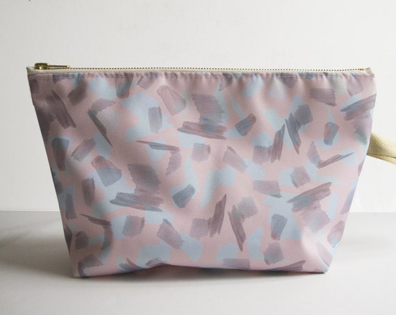 "Toiletry bag ""Gurls"" - waterproof - printed exclusive Elma"