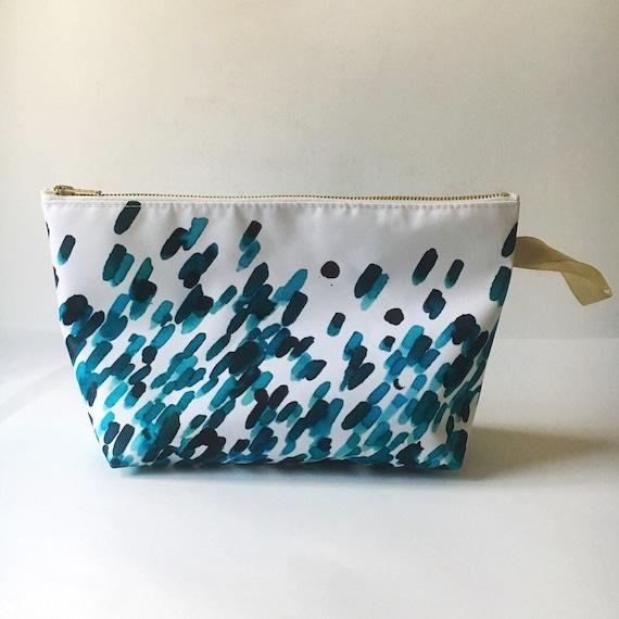 """Toiletry bag """"Flower B"""" - waterproof - printed exclusive Elma"""