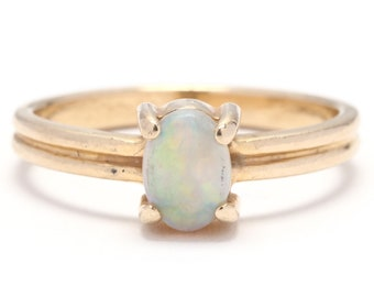 14k Yellow Gold & Opal Solitaire Ring