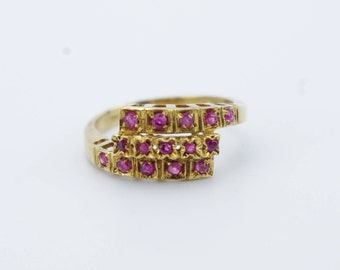 Vintage 14K Yellow Gold Ruby Bypass Ring