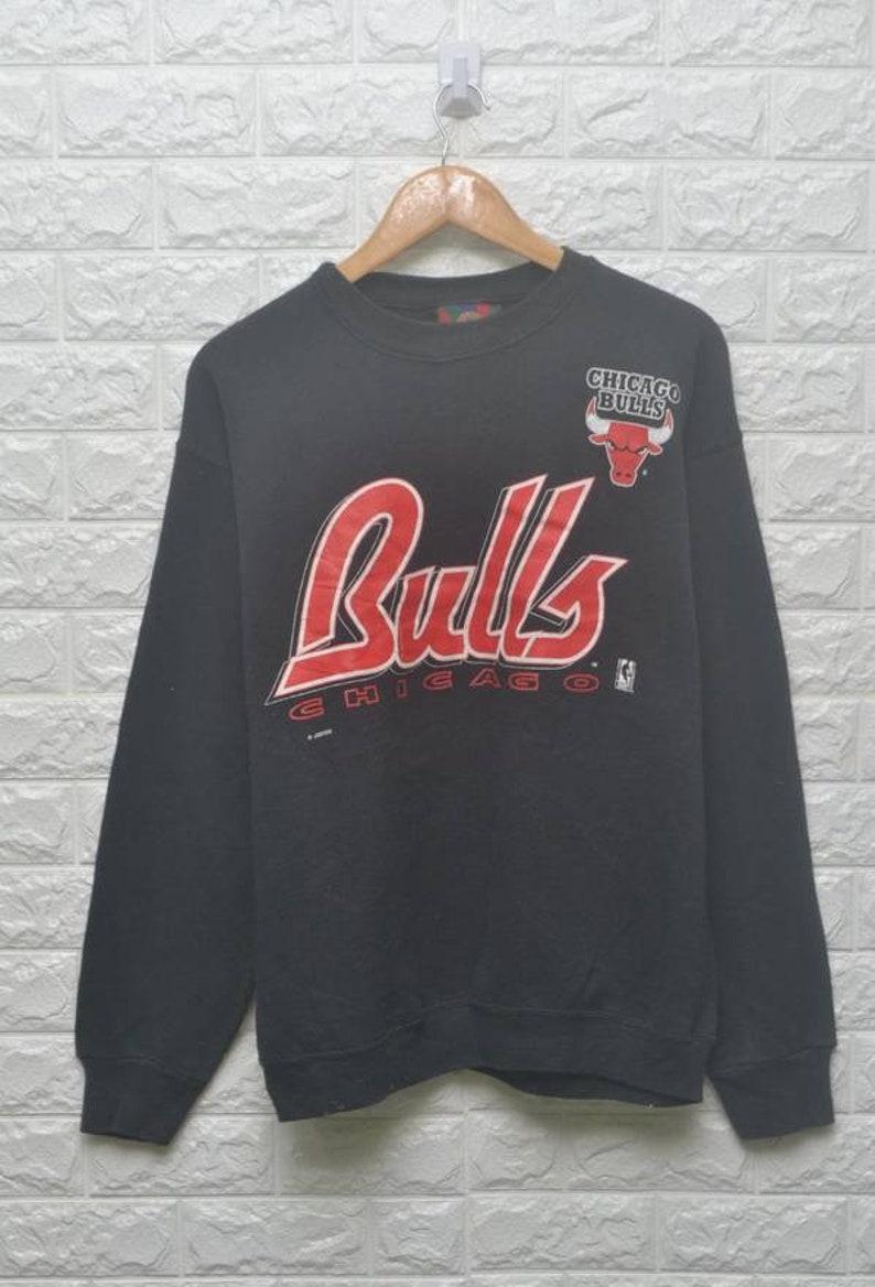 5b12ede2d7a Vintage 90s Chicago Bulls NBA jordan sweatshirt US L / EU | Etsy