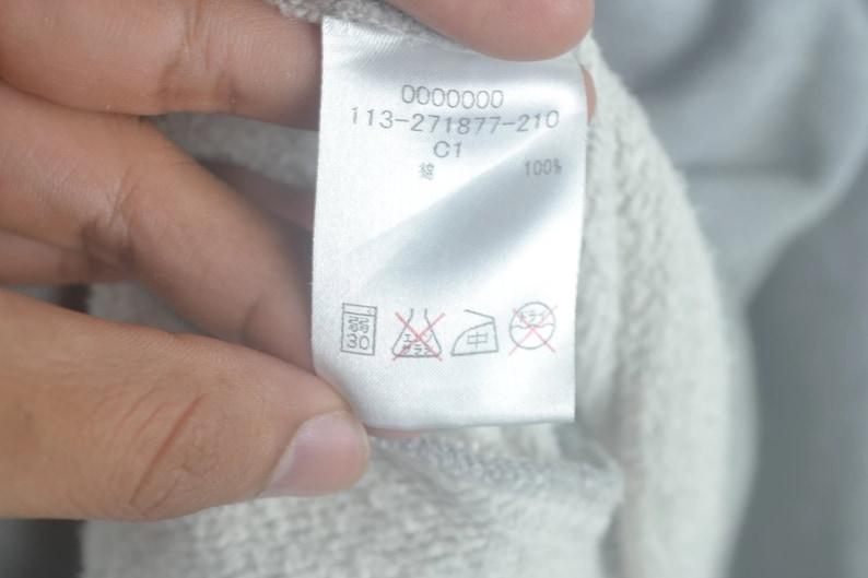 Vintage 90s Tommy Hilfiger flag Zipper Jacket Size L