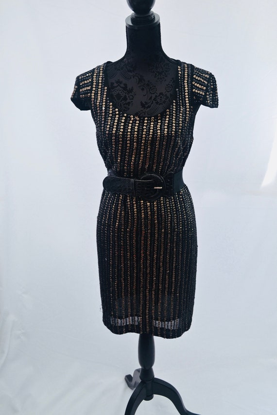 fbcae0273720b 1980s black dress with gold sequins in 1920s style, LBD, NYE dress, Est UK  size 16/18