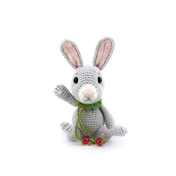 Amigurumi Bunny Tutorial & Pattern - YouTube | 571x570