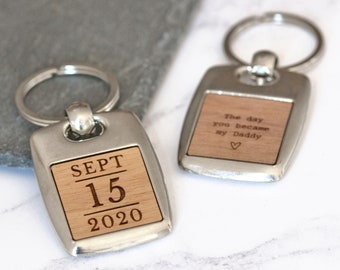 Custom Special Date Keyring, Memorable Date Keychain, New Dad Mum Gift, New Baby Keyring, Fifth Anniversary Gift, Wood Keyring