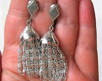 Sarah Coventry Silver Tone Chain Tassel Earrings w Pierced Lever Back Wires SALE
