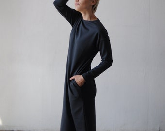 Dark grey dress of thick knitted fabric with pockets gabrielle_27