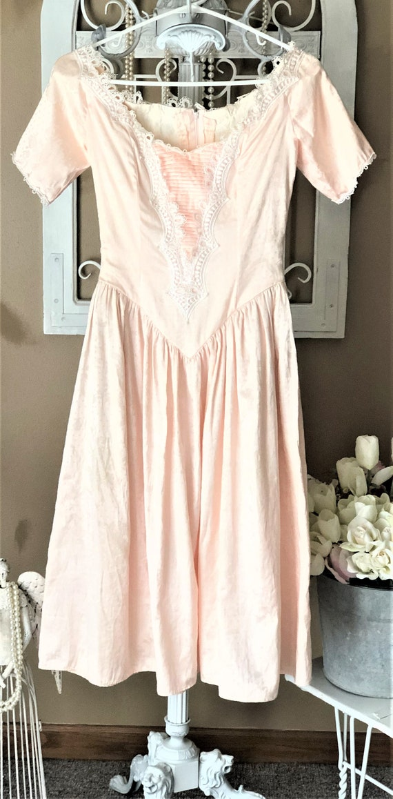 Vintage Scott McClintock brand Peach Dress, Off th