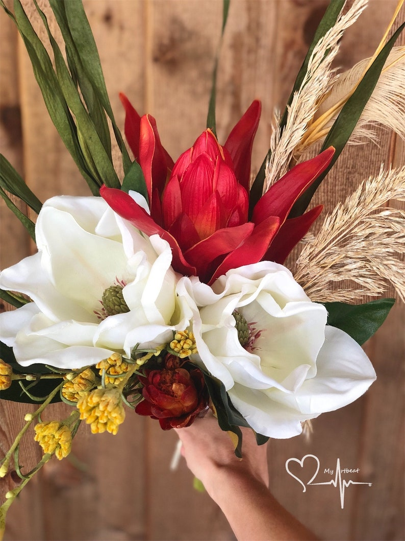 Red Protea Repens Preserved Grasses Yellow Flowers Protea /& Magnolia Boho Bouquet Dried Flower Bouquet White Magnolias READY TO SHIP