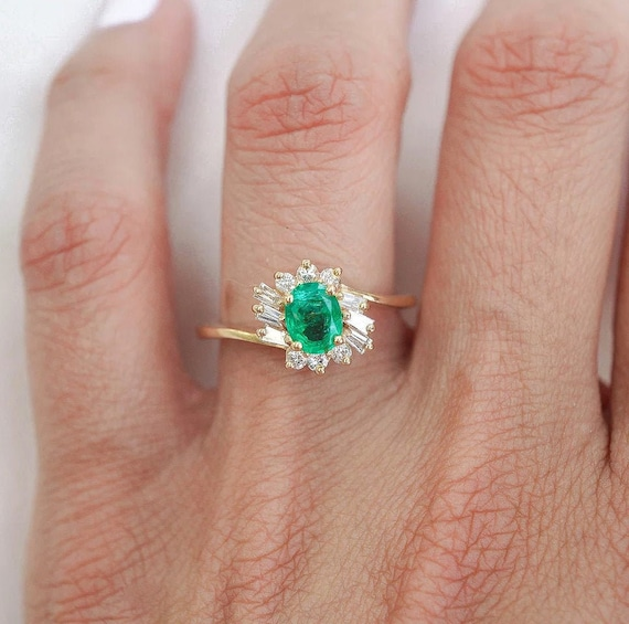 Oval Shape Green Emerald and Diamond Vintage Ring