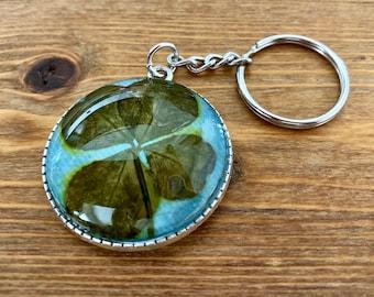 One-of-a-kind four-leaf clover keychain (blue)