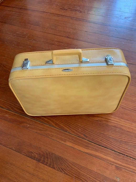 Vintage 1970's Featherlite Suitcase