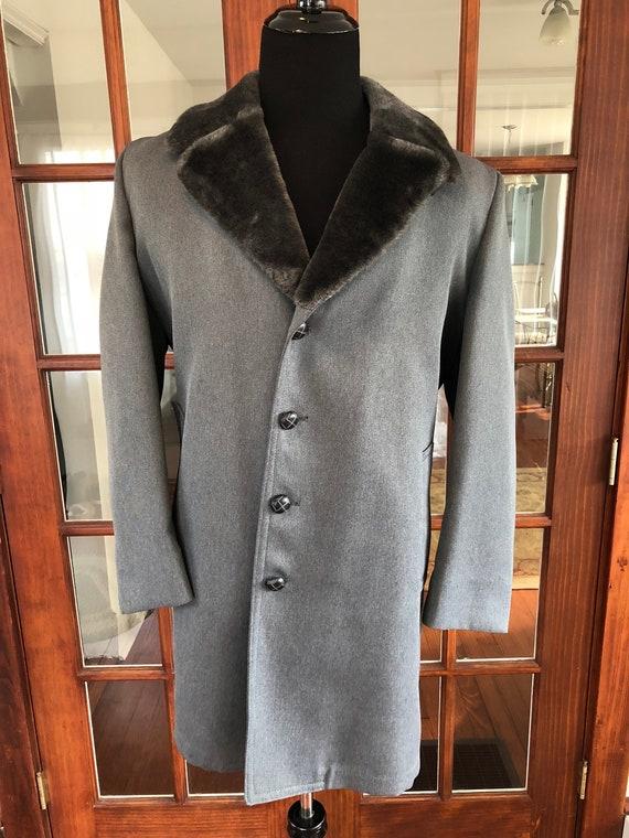 Vintage 1990's London Fog Faux Fur Collar Trench C