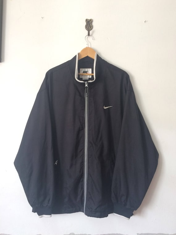 8576f6c6b4 Vintage NIKE SWOOSH Team Sport Windbreaker Jacket Small Logo