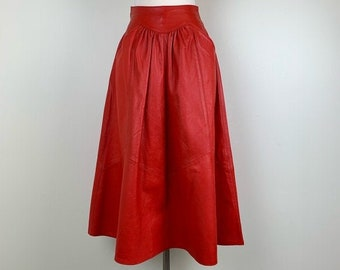 434b3764974389 vintage 1980s leather skirt \\ Don Michele by Jordan \\ extra small to small