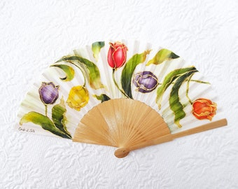 Hand-painted silk fan, fan with tulips customized with name or initials, bridal fan, wedding accessories