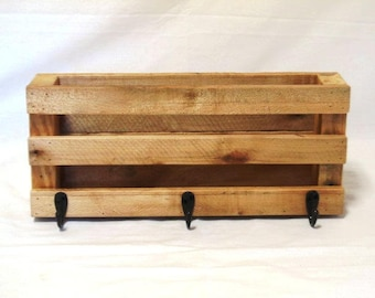 Reclaimed wood Mail holder with keyhooks