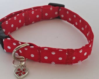 Red polka dot breakaway cat collar