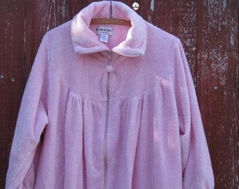 WOMENS Large PINK ROBE-Soft Brownstone Studio 1X Bath Robe-Plus Size Soft Pink Bath Robe-Thick Cozy Ladies Robe-Pink Robe Large Plus Size.