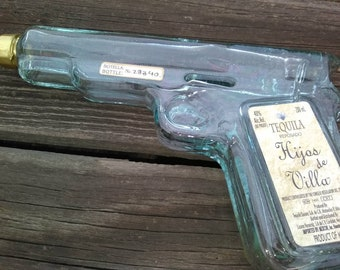 Vintage LIQUOR Bottle+ GLASS GUN Shaped Tequila Bottle+Fun Empty Liquor Bottle For Guys+Novelty Liquor Bottle+Tequila Pistol Bottle Decanter