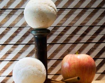 Apple Pie Bath Bomb - Size Large