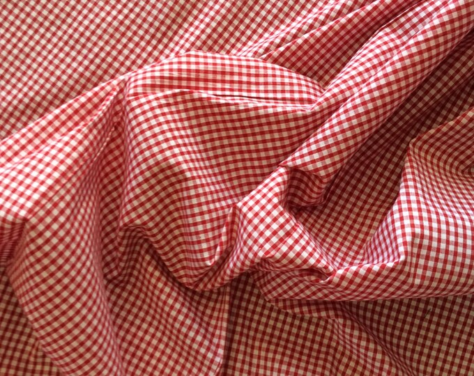 High quality Gingham polycotton poplin. Red no11