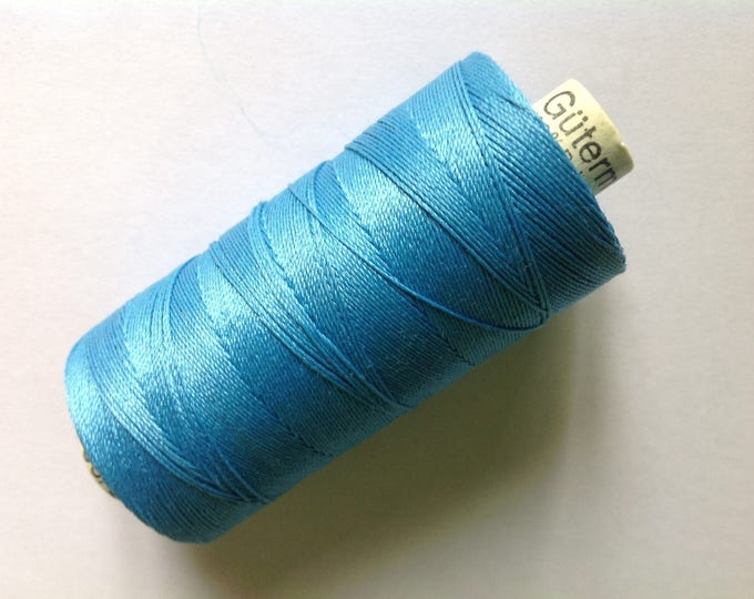 Extras strong Gutermann sewing thread, pale turquoise no197
