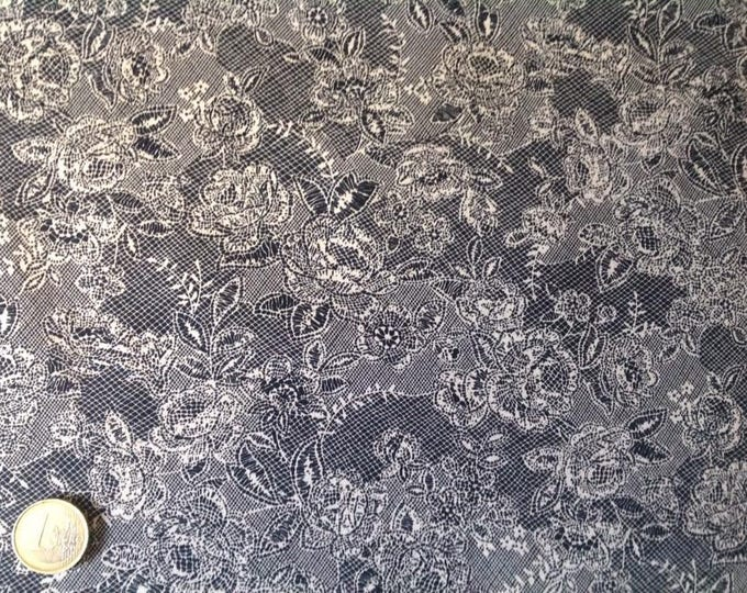 High quality cotton poplin, lace Print on black